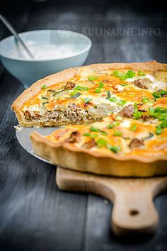 Tarta z mielonym mięsem i cukinią Quiche, Snack Recipes, Cooking Recipes, Food Photo, Vegetable Pizza, Food Inspiration, Food And Drink, Yummy Food, Favorite Recipes