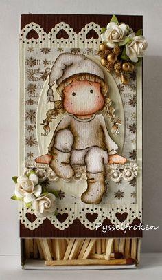 Pysselfrökens blogg: DT hos Ljuva Änglar - Altrad tändsticksask Handmade Christmas, Christmas Crafts, Edwin, Diy And Crafts, Paper Crafts, Magnolia Stamps, Altered Boxes, Christmas Scrapbook, Marker Art