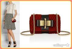 関税・送料込!!◆Christian Louboutin◆Sweet Charity Mini 結婚式やパーティーにおすすめのバッグをご紹介いたします! スタッズの付いたリボンバックルが甘辛なデザインです。