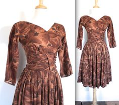 Vintage 1950s Dress // 50's Brown Rose Print by TrueValueVintage Women's vintage fall fashion 50's rockabilly pinup dress