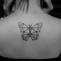 Geométrica de Borboleta nas Costas Tatuagens