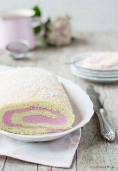 Biskuitrolle   Himbeer-Biskuitrolle   jelly roll   © monsieurmuffin