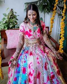 (C) Storytellerbybt | Mehendi Outfit for brides | Bridal Mehendi Outfit | #wittyvows #bridesofwittyvows #mehendi #mehendilook #mehendioutfit #tuesdayvibes #indianbride Mehendi Outfits, Offbeat Bride, Lehenga Designs, Bridal Lehenga, Bridal Looks, Wedding Styles, Designer Dresses, Photography Services, Traditional Outfits
