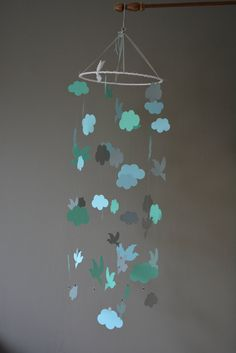 Bird mobile / nursery mobile / baby mobile made from grey, sea green and baby blue card stock - Handmade mobile, nursery decor or baby gift door SierGoed op Etsy