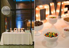Modern Texas wedding | Photo by Apryl Ann Photo | Read more - http://www.100layercake.com/blog/?p=74234