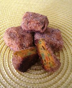 Sweet Potato & Broccoli Nuggets: 1 Sweet Potato, .5C Chopped Broccoli, 1 Egg, 1C Bread or Cracker Crumbs.     Soft bake cubed sweet P., mash and mix with finely chopped broc and egg. Roll into balls & coat with crumbs. 15M at 400.