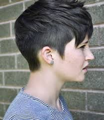 Resultado de imagen para short shaved side pixie