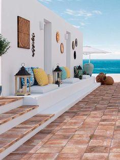 modern home design charlotte nc Modern House Design, Modern Interior Design, Mediterranean Decor, Mediterranean Architecture, House Architecture, Beach House Decor, Home Decor, Beach Houses, Outdoor Kitchen Design
