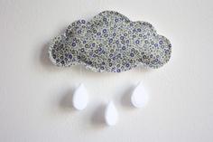 Liberty Cloud Mobile Blue Floral Stars Crib por littlenestbox