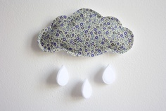 Liberty Cloud Mobile Blue Floral Stars Crib por littlenestbox