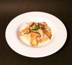 Ein Klassiker der italienischen Küche ist das Steinpilz-Risotto. Das Grundrezept in Artikel lässt sich natürlich auch mit anderen Beilagen kombinieren.