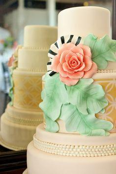 Pretty, pretty cake