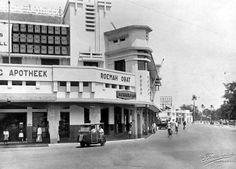 Apotik Simpang circa 1930