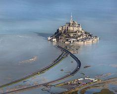 «Quand on est sur la passerelle du Mont-Saint-Michel, on marche presque sur l'eau»