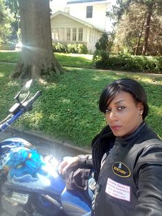 Motorcycle Girls, Motorcycle Clubs, Lady Biker, Biker Girl, Black Girl Riding, Bad And Bougie, Black Harley Davidson, Cycling Girls, Cafe Style