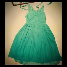 Catherine Malandrino Green dress. Size 6 Catherine Malandrino Kelly green dress. Size 6. Cross satin halter under silk dress. Beautiful and super feminine. Gorgeous for spring. Feel free to make a reasonable offer. Catherine Malandrino Dresses Midi