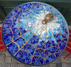 Mosaic Tile Designs, Mosaic Tile Art, Mosaic Artwork, Mosaic Diy, Mosaic Crafts, Mosaic Projects, Mosaic Patterns, Mosaic Rocks, Mosaic Stepping Stones