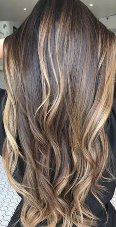 #balayage need this**** Blonde Hair Colour Shades, Blonde Hair With Highlights, Hair Color And Cut, Balayage Brunette, Balayage Hair, Brown Hair Inspiration, Medium Hair Styles, Long Hair Styles, Celebrity Hair Colors