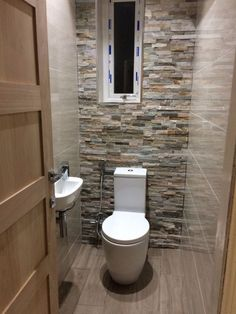 Wow check out this trendy slate bathroom - what an artistic design and style Small Downstairs Toilet, Small Toilet Room, Downstairs Bathroom, Bathroom Layout, Bathroom Interior, Bathroom Ideas, Slate Bathroom, Black And White Tiles Bathroom, Bad Inspiration