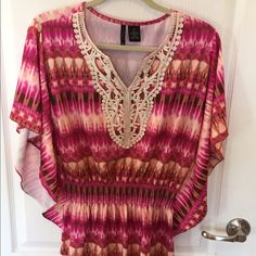New Direction top, excellent condition, medium. New Direction top, size medium. Excellent condition, smoke free/pet free home. new directions Tops
