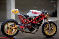 RocketGarage Cafe Racer: 9 ½ by Radical Ducati Ducati 916, Moto Ducati, Ducati 1000, Moto Scrambler, Ducati Motorcycles, Moto Bike, Custom Motorcycles, Custom Bikes, Ducati Cafe Racer