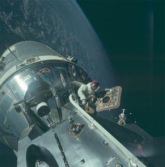 NASA divulga raras imagens das missões Apollo                                                                                                                                                                                 Mais