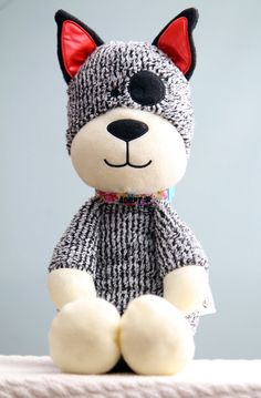 CharlieDog and Friends:  Soft Toys Save Lives  http://www.dailydogtag.com/rescued/charliedog-and-friends/