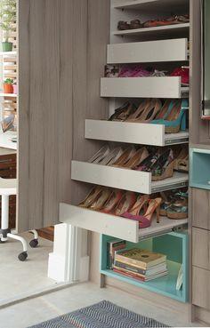 61 Super Ideas For Closet Feminino Gavetas Kids Closet Storage, Craft Closet Organization, Closet Organizer With Drawers, Painted Closet, Cheap Closet, Closet Built Ins, Minimalist Closet, Closet Layout, Closet Remodel