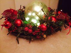 kerstkrans met glazen bol