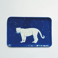 Browse unique items from LisaJunius on Etsy, a global marketplace of handmade, vintage and creative goods. Snow Leopard, Beautiful One, Cosy, Stoneware, Eye Candy, Etsy Seller, Hand Painted, Plates, Ceramics