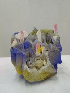 """Nadia Agnolet, """"Pierres précieuses"""", parpaing peint et briques, 2013"""