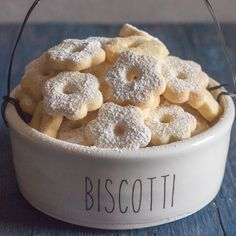 canestrelli Italian cookies in a bowl