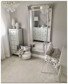 Traumzimmer 50 beautiful bedroom mirror ideas can improve your bedroom Your Own Home Interior Ideas Home Decor Bedroom, House Interior, Master Bedrooms Decor, Bedroom Decor, Stylish Bedroom, Beautiful Bedrooms, Interior, Living Room Bar, Home Decor