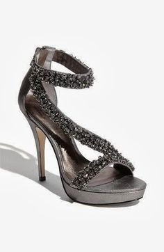New year latest sparkling sandal fashion trend