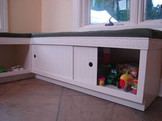 How To Make A Corner Storage Bench