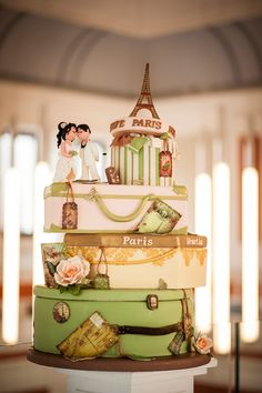 Cofetaria Dana | Torturi de Nunta  Paris, travel, suitcases, wedding themed cake.