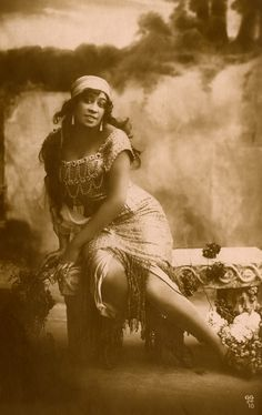Saidie Sellyna, an actress, singer and dancer in a publicity photo, circa 1911. Photo: The Sullivan Family papers, Anacostia Community Museum Archives, Smithsonian Institution, gift of Savina Martin, Dominga Martin and Donna Akiba Sullivan Harper.