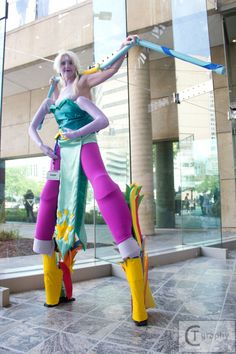 Opal from Steven Universe. Cosplayer: Carley Winn. Photographer: CTGraphy.