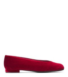 The CHICFLAT in Scarlet Velvet. #streetstyle #musthave