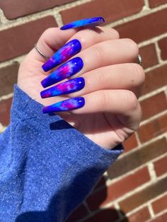 Royal Blue Nails, Blue Ombre Nails, Blue Glitter Nails, Acrylic Nails Coffin Pink, Summer Acrylic Nails, Glow Nails, Polygel Nails, Tie Dye Nails, Nails Only