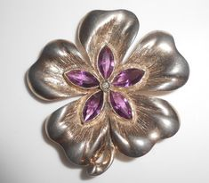 Pansy Amethyst Glass Flower Brooch Pin by Libbysmomsvintage https://www.etsy.com/shop/Libbysmomsvintage