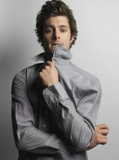 I have loved Adam Brody ever since the beginnings of The O.C <333