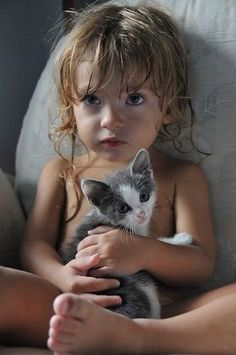 Cute child and kitty - Tumblr