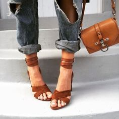 ankle strap heels, camel shoes, statement shoes, outfit ideas, ripped jeans, fashion blogger