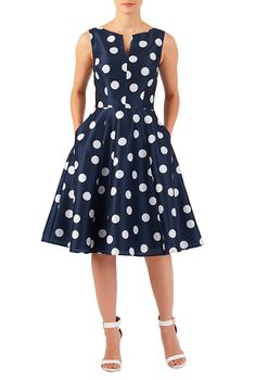 A split neck tops our polka dot print polydupioni dress designed with a fitted tank bodice and seamed waist atop a full flared skirt. 1960s Dresses, Trendy Dresses, Casual Dresses, Formal Dresses, Vintage Outfits, Vintage Dresses, Look Fashion, Retro Fashion, Paris Fashion