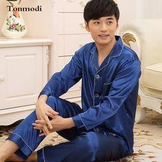 2015 New Pyjamas Men Autumn Solid Satin Cardigan Men Sleeping Men's Sleep Lounge Pajama Sets  Luxury Pajamas