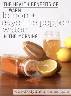 The Health Benefits of Warm Lemon and Cayenne Pepper Water This is no master cleanse. it's a daily detox, the perfect way to start your day on the right foot! There are many health benefits of warm lemon and cayenne pepper water in the morning, and it's Healthy Detox, Healthy Drinks, Smoothie Detox, Cleanse Detox, Suja Juice Cleanse, Colon Cleanse Diet, Diet Detox, Bebidas Detox, Master Cleanse