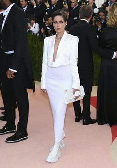 Pin for Later: See All the Stunning Met Gala Arrivals Everyone's Still Talking About Halsey Wearing custom DKNY.