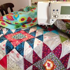 Creative Reveries: WIP Wednesday - Anna Maria Horner Rocky Mountain Puzzle Quilt