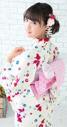 山本美月 浴衣 造り帯3点セット Kimono Japan, Yukata Kimono, Japanese Kimono, Japan Woman, Japan Girl, Traditional Kimono, Traditional Dresses, Prety Girl, Cute Kimonos